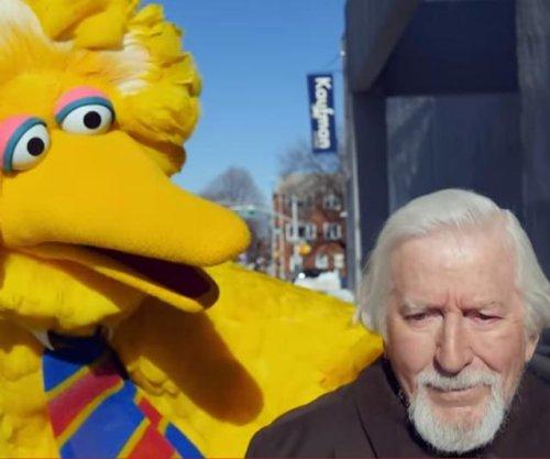 'Birdman' parody stars Sesame Street's Big Bird