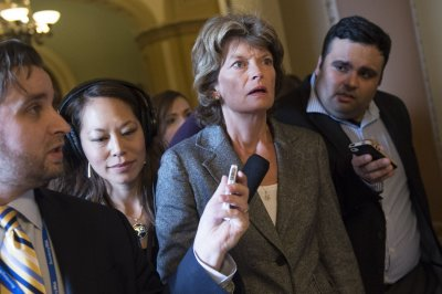 Alaska Sen. Lisa Murkowski ties Iran to U.S. oil export debate