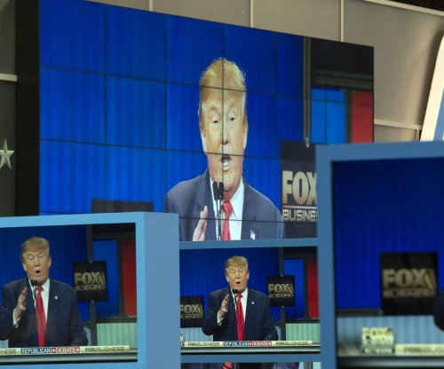 GOP candidates go after Clinton, Obama in nearly three-hour debate