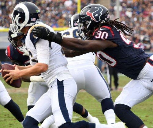 Texans DE Clowney rehabs knee