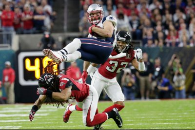 Notebook: Patriots' Edelman apologizes