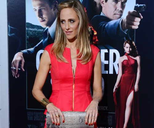 Kim Raver, Alyssa Milano team up for Lifetime movie 'Tempting Fate'