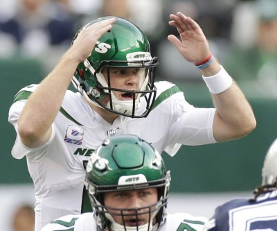Sam Darnold returns, leads Jets to upset of Cowboys
