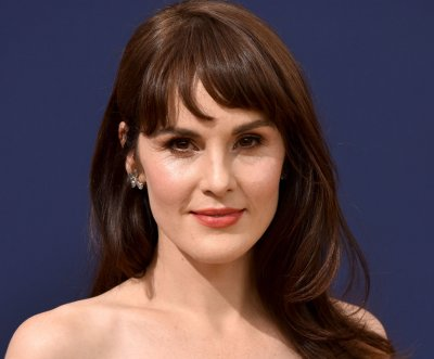Michelle Dockery-Chris Evans show 'Defending Jacob' to debut April 24