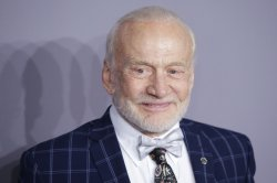 Buzz Aldrin blows out 91 candles for his 91st birthday