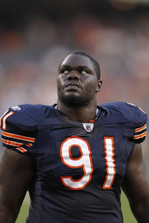 Bears cut Harris, 2 others