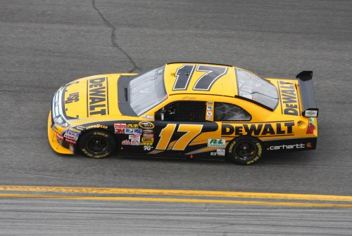 Kenseth captures Nationwide race