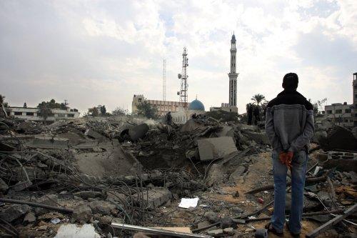 Palestinians claim Israel broke cease-fire