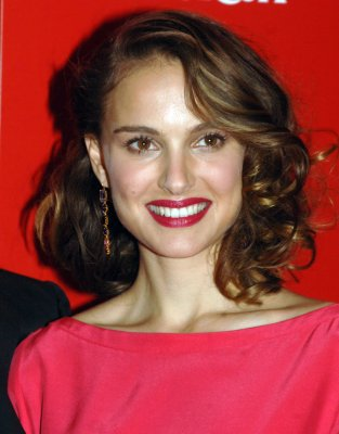 Natalie Portman to play Cathy in 'Heights'