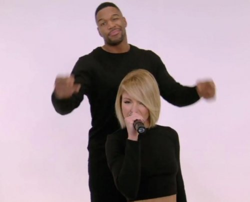 Kelly Ripa, Michael Strahan spoof 'Shake it Off' video