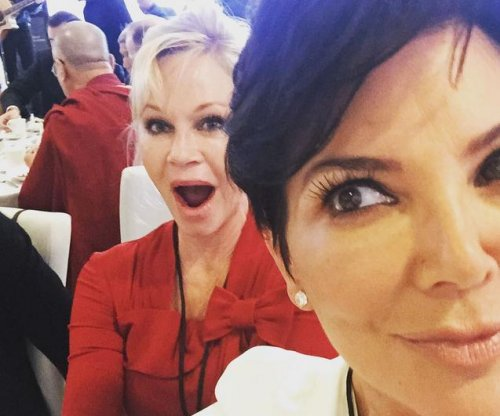Kris Jenner, Melanie Griffith snap selfie with Dalai Lama