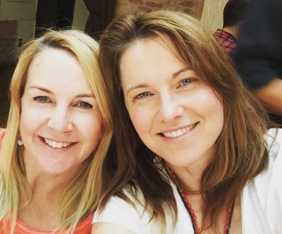 'Xena: Warrior Princess' Lucy Lawless, Renee O'Connor reunite
