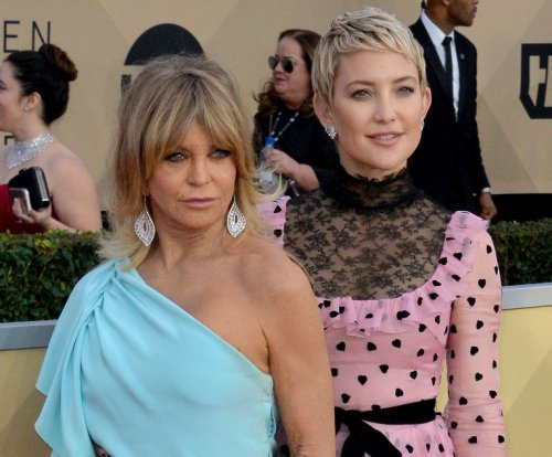 Goldie Hawn on daughter Kate Hudson: 'We learn a lot from each other'