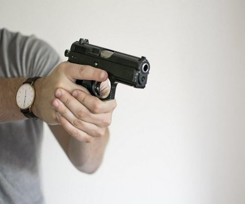 Strict handgun laws lower gun-murder rates in cities