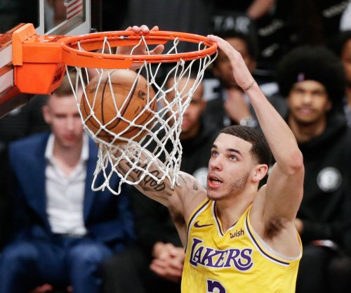 Lakers lose Lonzo Ball for 4 to 6 weeks