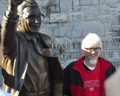 Joe Paterno and wife donate to Penn State