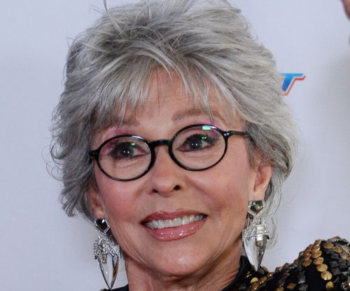 Rita Moreno cast on 'Jane the Virgin'
