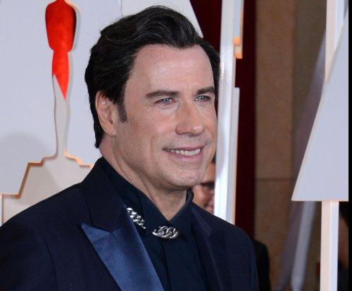 John Travolta transforms in new 'American Crime Story' footage