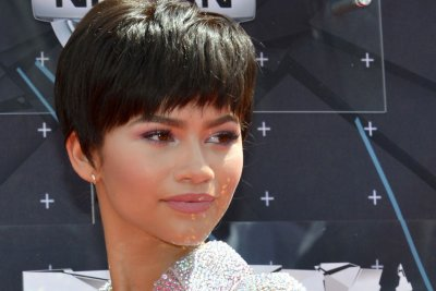 Zendaya releases high fashion 'Close Up' music video