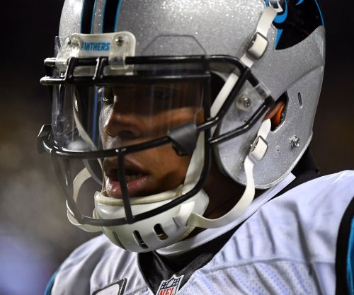 Carolina Panthers QB Cam Newton can't locate end zone against Chicago Bears