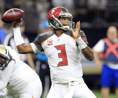 Unable to shoulder Winston injury, Bucs floundered
