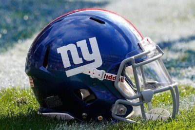 Giants OT Flowers miffed by Solder signing
