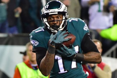 Eagles WR Jeffery (shoulder) cleared for contact