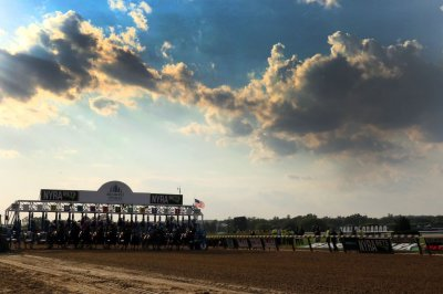 Kentucky Derby preparations dodge wet weather