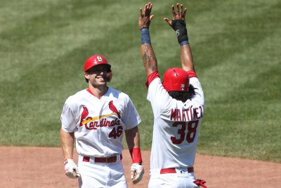Goldschmidt's late home run helps St. Louis Cardinals beat Pittsburgh Pirates