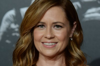 Jenna Fischer, Angela Kinsey to host podcast about 'The Office'