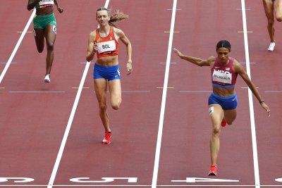 Sydney McLaughlin wins 400-meter hurdles; sets world, Olympic records