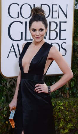 Katharine McPhee upset by kissing scandal, report says