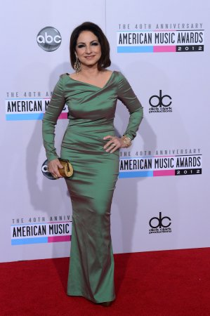 Gloria Estefan wants Ariana Grande to portray her on Broadway