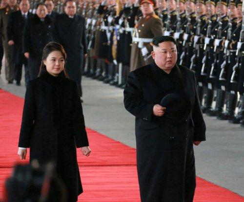 Kim Jong Un meets with Xi Jinping in hourlong summit