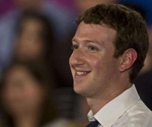 Facebook's Zuckerberg, wife donate $5 million to undocumented immigrants scholarship fund