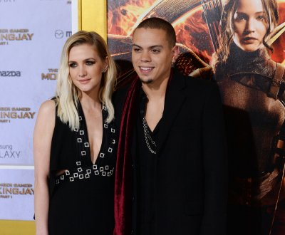 Ashlee Simpson and Evan Ross announce baby girl's name