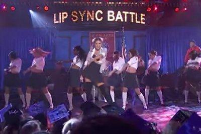 Kate Upton channels Britney Spears in 'Lip Sync Battle' clip