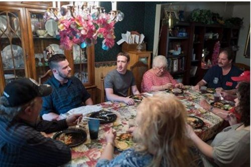 Facebook's Zuckerberg surprises Ohio family for dinner