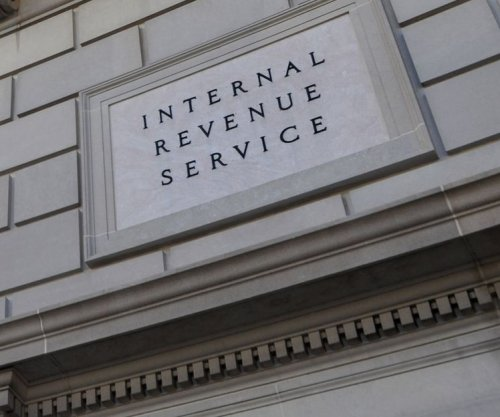 After major U.S. tax changes, average refund this year topped $2,700