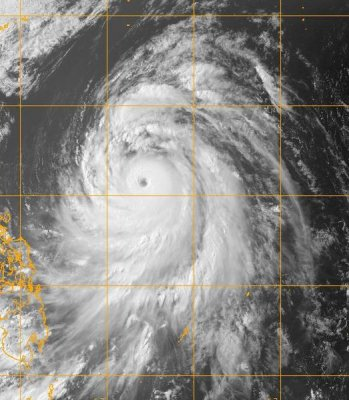 Typhoon heads for China after leaving Philippines