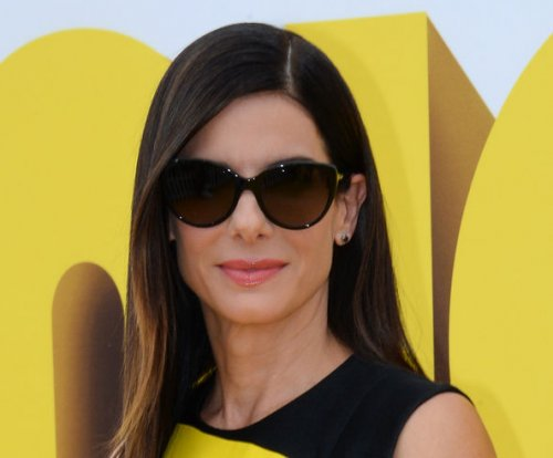 Sandra Bullock, new beau double date with Jennifer Aniston