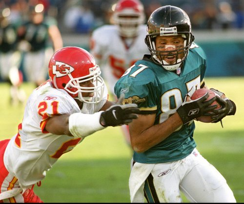 Jacksonville Jaguars hire Keenan McCardell as receivers coach