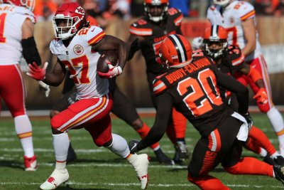 Kansas Chiefs cut Kareem Hunt after video surfaces