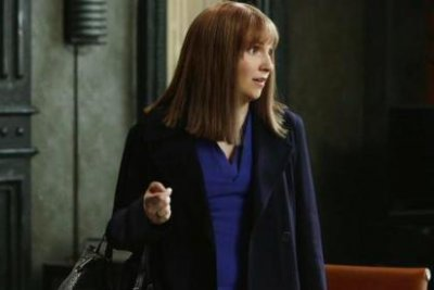 Lena Duhnam dons wig in first look from 'Scandal' guest role