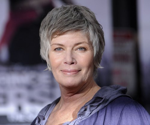 Kelly McGillis attacked by woman who broke into her home
