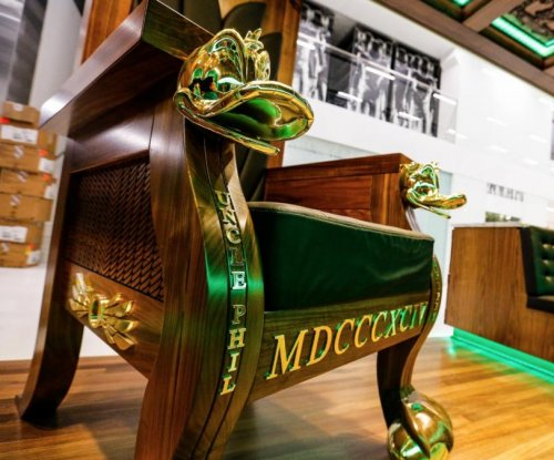 Oregon Football: Ducks open elaborate Marcus Mariota Sports Performance Center