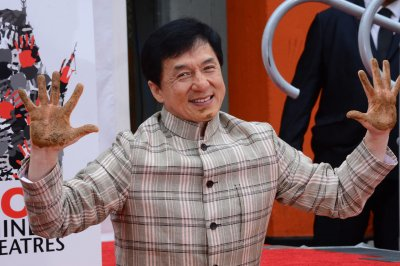 Jackie Chan, 3 other Hollywood legends get Oscars at 2016 Governors Awards