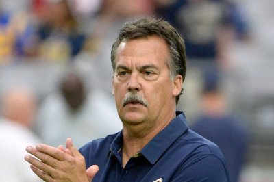 Los Angeles Rams coach Jeff Fisher received contract extension