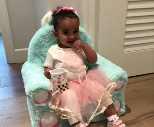 Rob Kardashian's daughter enjoys tea party in new photos