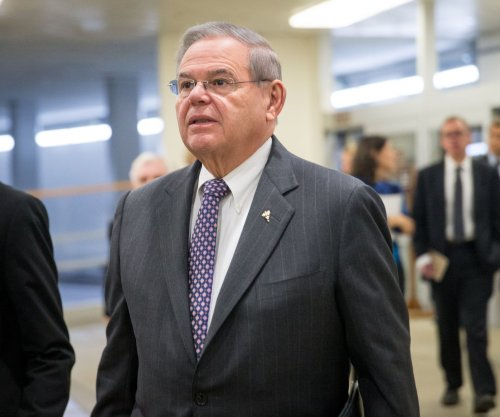 Senate ethics committee formally admonishes Sen. Menendez